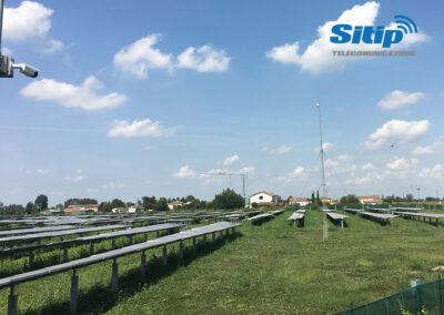 Pannelli Fotovoltaici Videosorvegliati con Ponte Radio per Connessione ad Internet Stabile | SITIP TELECOMUNICAZIONI