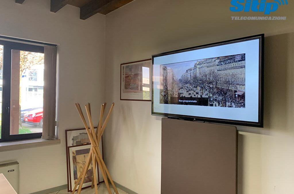 Installazione monitor in azienda, Trevenzuolo