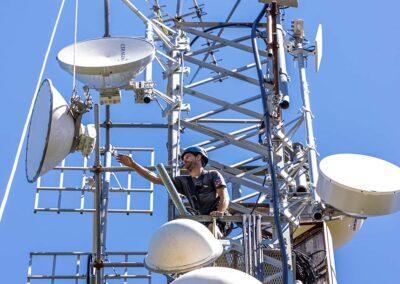 Installazione Antenne a Parabola per Ponti Radio   SITIP TELECOMUNICAZIONI